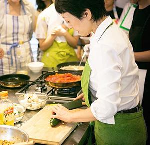 料理研究家ではなく野菜料理家